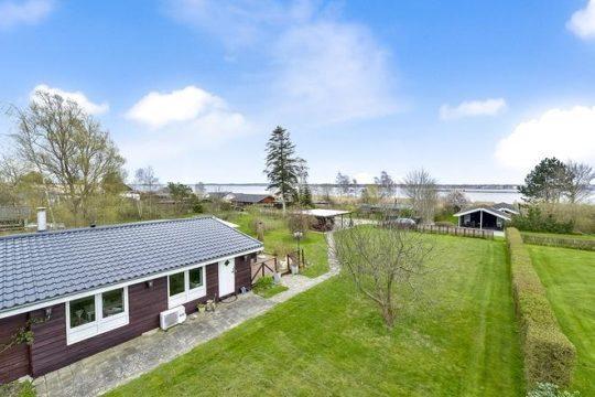 Få dit nye sommerhus på Damgårdsvej 39, Markeslev