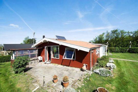 Få dit nye sommerhus på Bakkestien 2, Kårup