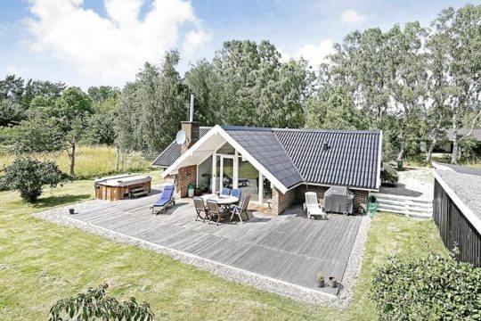 Få dit nye sommerhus på Vores Vej 5, Ellinge Lyng