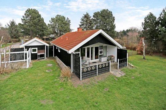 Få dit nye sommerhus på Strandlystgårdsvej 2, Yderby Lyng